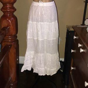 NWOT  White long skirt